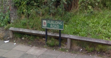 Police appeal after stabbing in Tunstall